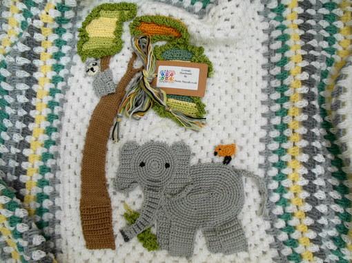 elephant- crochet- baby- blanket- elephant-themed-nursery