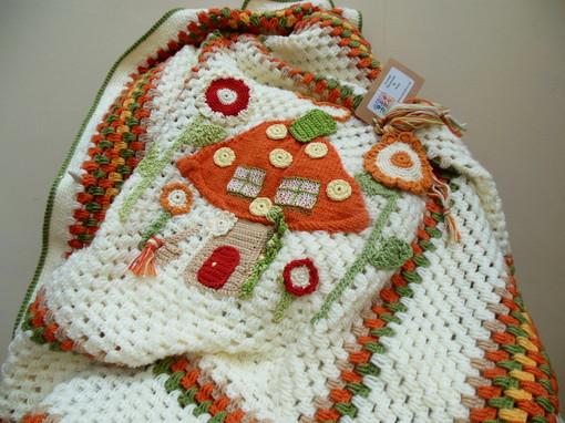 fairy-mushroom-crochet-baby-blanket