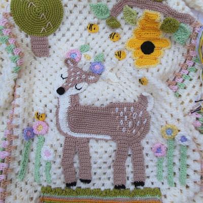 handmade-baby-blanket-with-crochet-deer