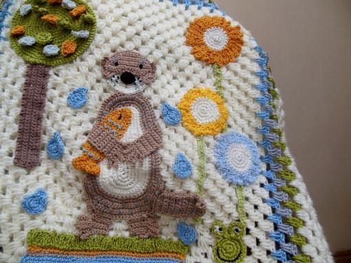 handmade-baby-blanket-crochet-otterfrog-fish-flowers-design